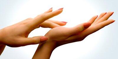 Hidratarea si protejarea mainilor – Tratament cu parafina