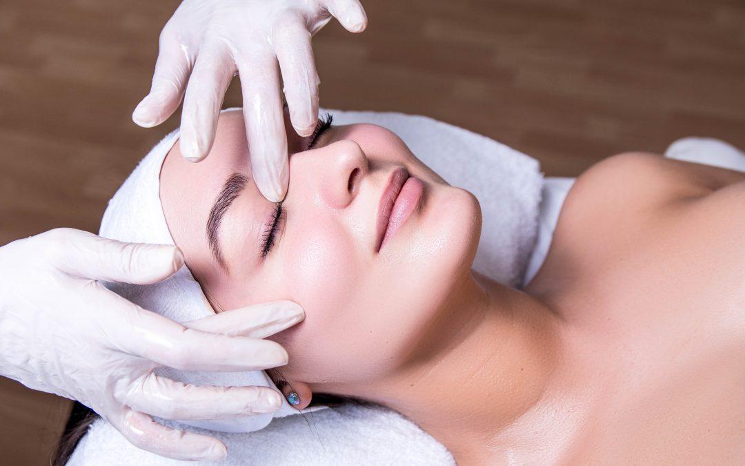 Curs Cosmetician acreditat – 17 MAI